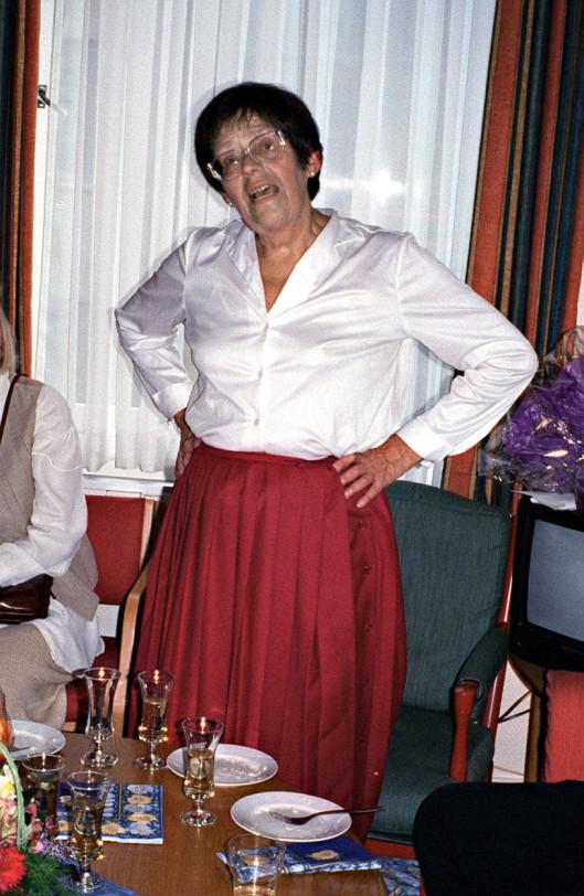 Mari Evenrud i forbindelse med pensjonering fra Dagbladet i 1994.