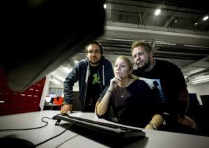 Linn Kongsli Hillestad og hennes to mannlige kolleger, Espen Sandli og Ola Strømman